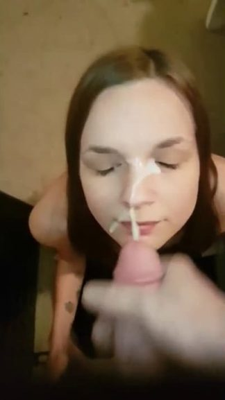 Dude Gives Facial Cum in under 1 Min on Snapchat