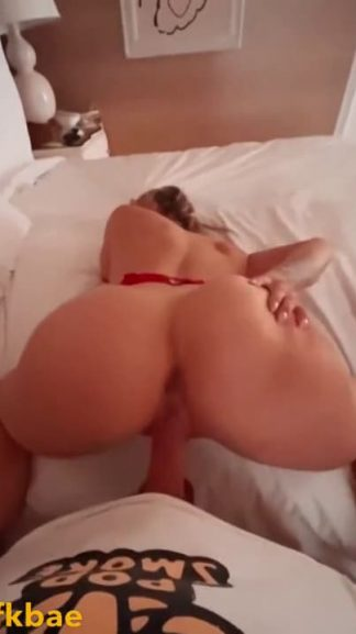 Sexy blonde asks for a warm birthday creampie while fucking on Snapchat